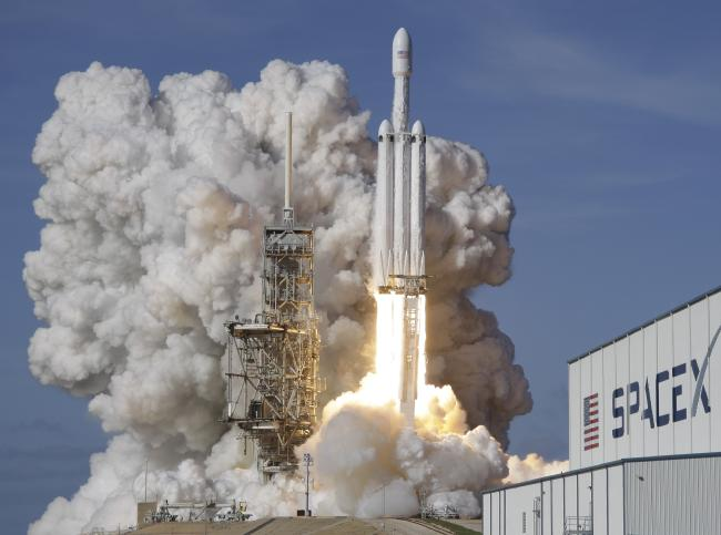 Falcon Heavy Booster Rocket Landing - blackMORE Ops